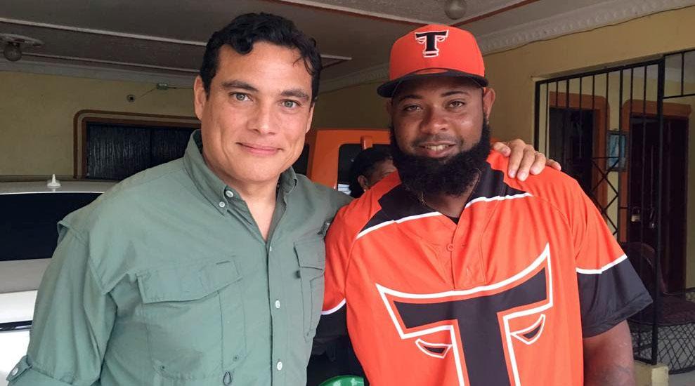 Raymond Abreu y Yamaico Navarro